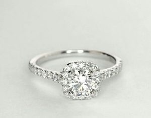 Rólunk - gyémánt felvásárlás